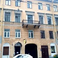 3-комнатная квартира,  Басков пер., 18
